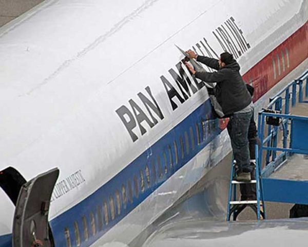 Aircraft Graphics Installation